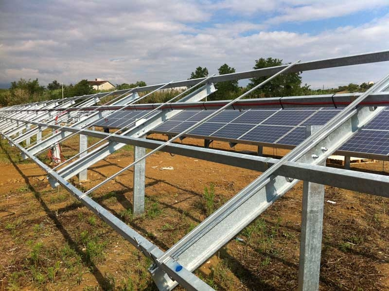 Impianti Fotovoltaici Per Risparmiare : Strutture per impianti fotovoltaici carlo maresca s p a